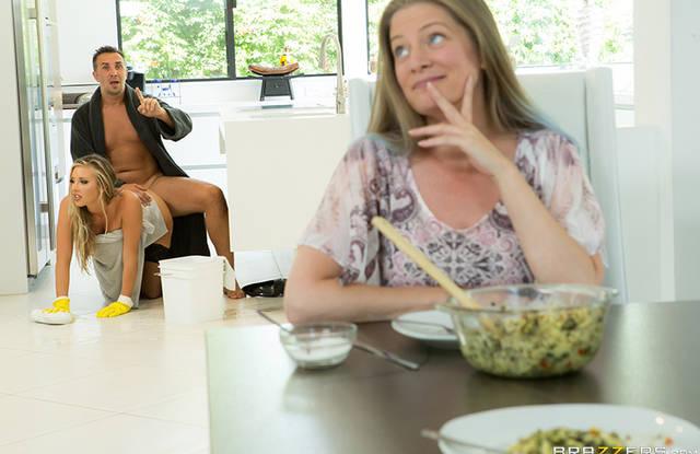 Brazzers - В спальне крепкий муж долго изменяет жене с горничной