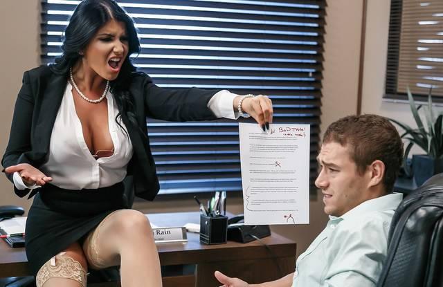 Brazzers - Мужик трахается с начальницей и изменяет супруге в разных позах