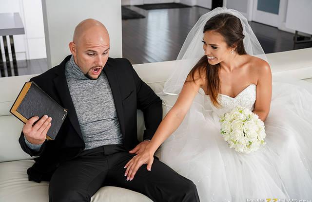 До свадьбы один день, а невеста скачет на члене любовника