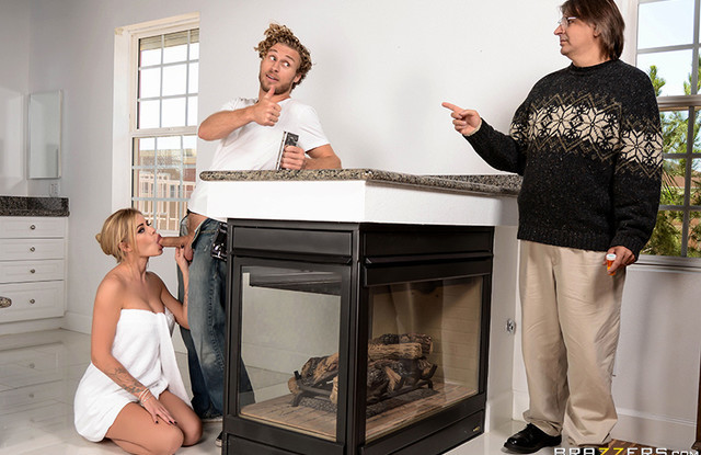 Жена богатого мужа изменяет за спиной с ремонтником